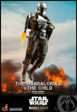 Hot Toys 1/6 Scale Mandalorian and The Child Deluxe Edition Figure Set TMS015 UK