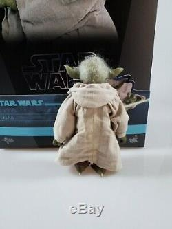 Hot Toys 1/6 Scale figure Star Wars YODA MMS495 Episode 2 Attack of the Clones