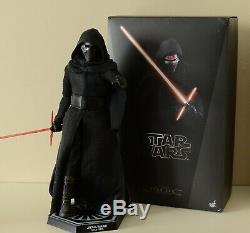 Hot Toys MMS 320 1/6 Scale Figure Star Wars E7 Force Awakens Kylo Ren