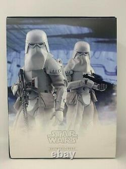 Hot Toys Star Wars Battlefront SNOWTROOPERS 1/6th Scale Figure Set VGM25