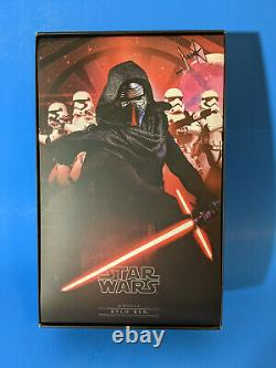 Hot Toys Star Wars Kylo Ren 12 16 Scale Action Figure TFA MMS320
