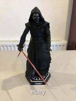 Hot Toys Star Wars Kylo Ren The Force Awakens 1/6 Scale Figure Rare 2015