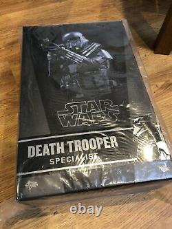 Hot Toys Star Wars Rogue One Death Trooper Specialist 1/6 Scale Figure