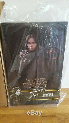 Hot Toys Star Wars Rogue One Jyn Erso 1/6 Scale Figure