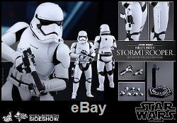 Hot Toys Star Wars The Force Awakens First Order Stormtrooper 1/6 Scale Figure