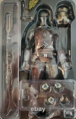 Hot Toys Star Wars The Mandalorian 1/6 Scale Action Figure TMS007 Open Complete