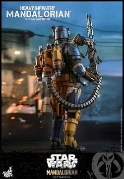 Hot Toys The Mandalorian 1/6th scale Heavy Infantry Mandalorian Figure TMS010