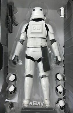 Hottoys Star Wars STORM TROOPER MMS515 1/6th scale figure only