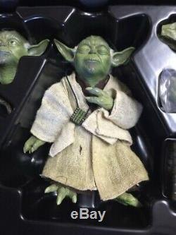 Jedi Master YODA Hot Toys MMS369 STAR WARS Empire Strikes Back 1/6 Scale Figure
