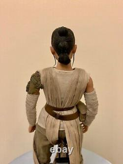Rey Hot Toys MMS337 Star Wars Force Awakens 1/6 Scale Figure Daisy Ridley MINT