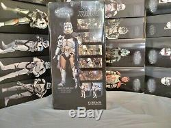 SIDESHOWStar Wars-Clone Commander Bly-327th Star Corps 16 Scale Figure