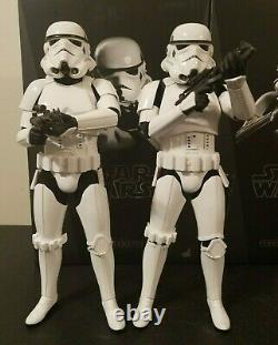 STAR WARS Stormtrooper lot of 2 1/6th scale Action Figures. Hot Toys MMS267 ANH