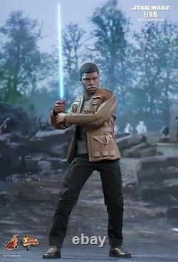 STAR WARS The Force Awakens Finn 1/6th Scale Action Figure MMS345 (Hot Toys)