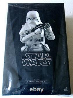 Star Wars Snowtrooper Sixth Scale Figure by Hot Toys