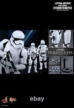 Star Wars TFA FO Stormtrooper 12 1/6 Scale Hot Toys Figure MMS317 Pre-Owned
